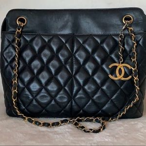 CHANEL Lambskin Quilted Diamond Stitch CC Tote